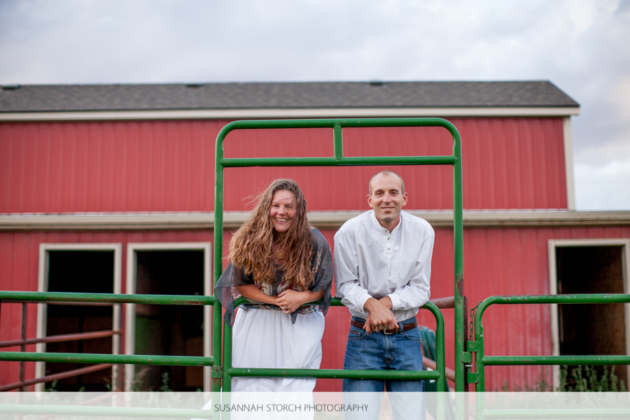 colorado-farm-wedding-couple